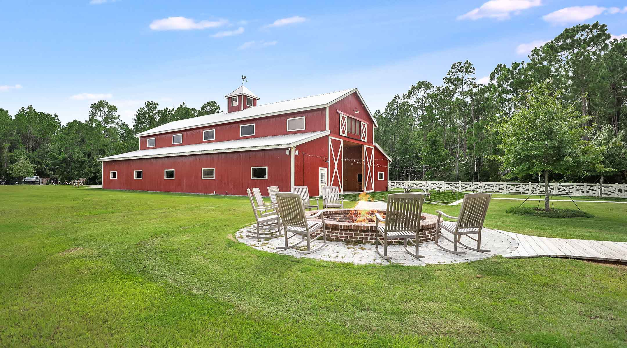 North Florida Barn Banquet Hall For Rent